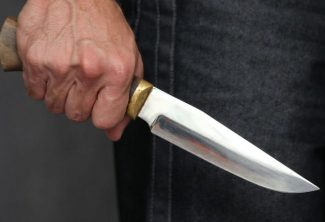 Bakıda kişi keçmiş kürəkənini bıçaqlayıb