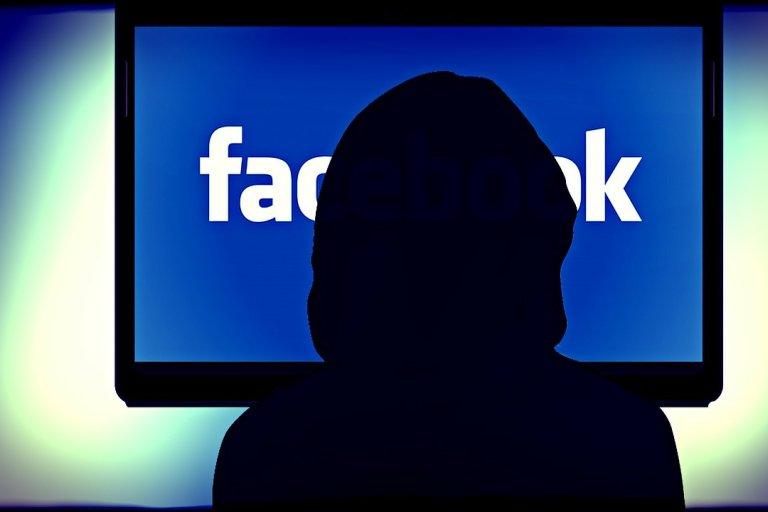 Facebook hesablarımızı necə qoruyaq?- CAVAB