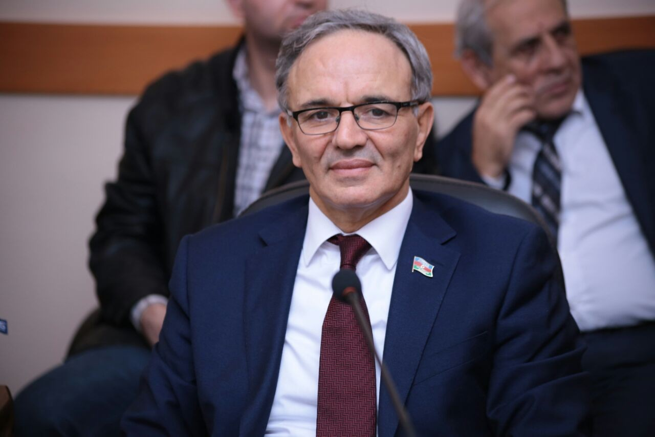 """Əflatun Amaşov: """"Prezidentin müsahibəsində həssaslığın ən müxtəlif tərəflərini hiss etdim"""""""