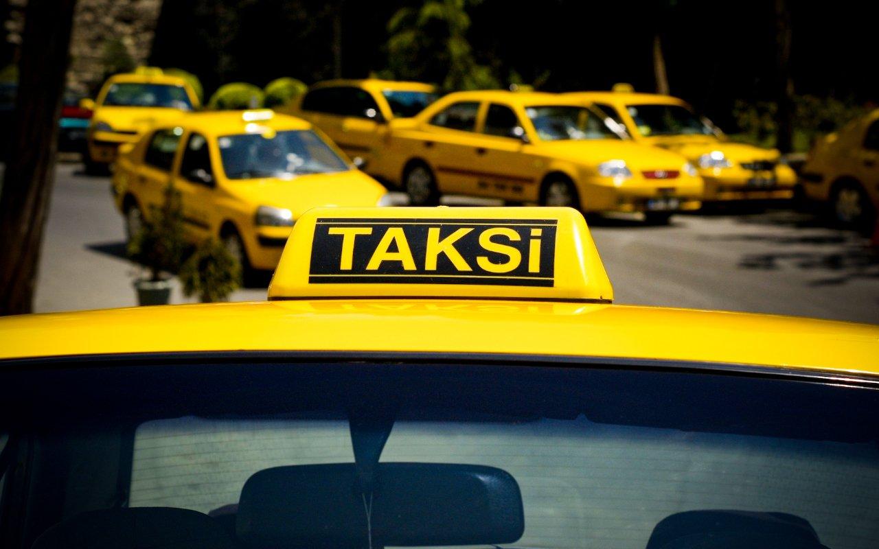 Bu maşınların taksi kimi istifadəsinə QADAĞA qoyuldu
