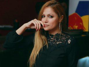 Nigar Camal üç dəqiqə üçün 45 min xərclədi – Video – Fotolar