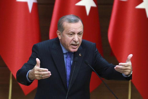 """Ərdoğan: """"Türkiyəyə sel kimi yeni qaçqın axını başlayacaq"""""""