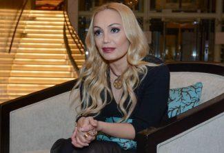 """Nura Suridən məşhurlara atmaca: """"Robot olub getmisiniz…"""""""