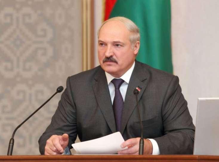 Lukaşenko: Kişi kimi yox oluruq