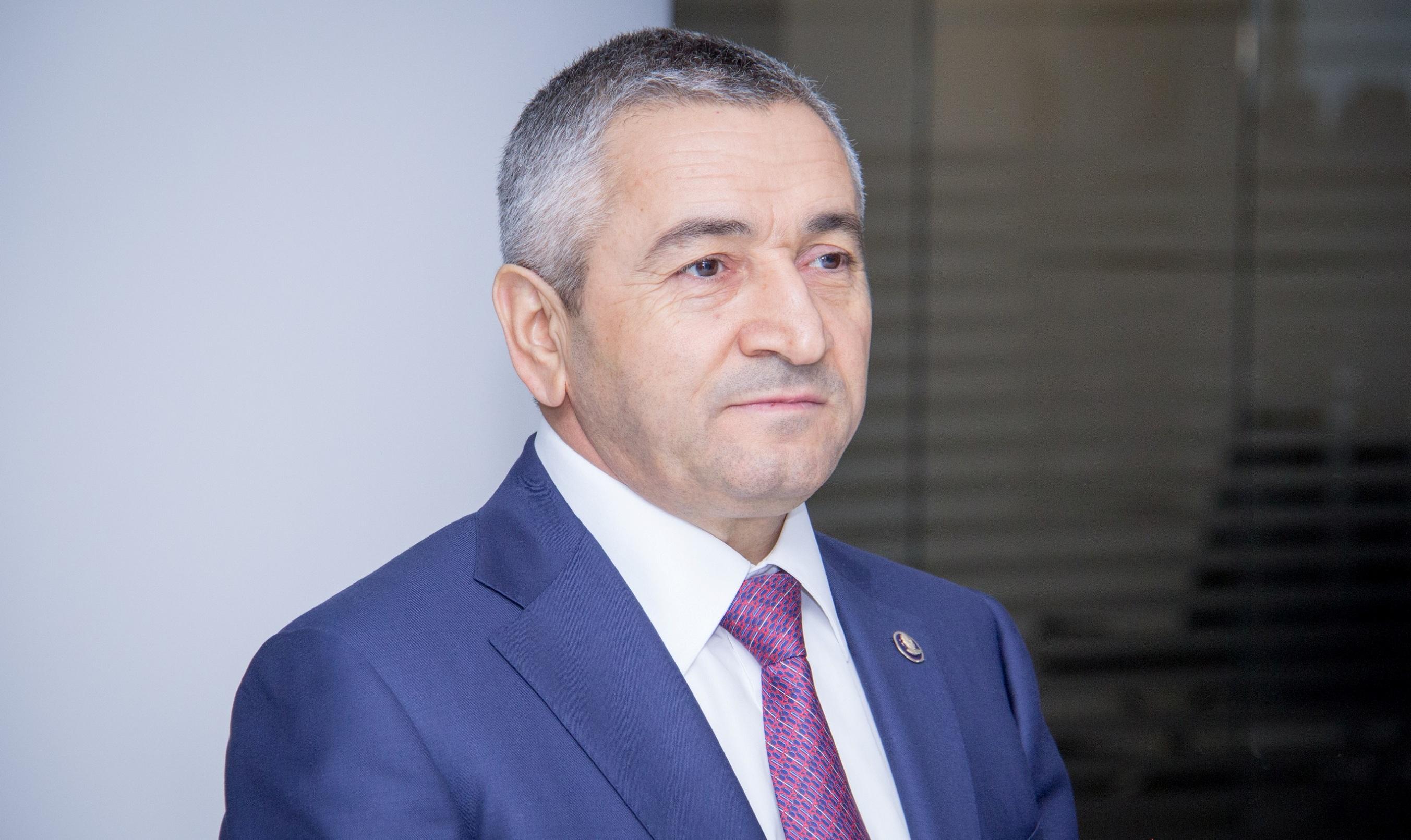 Zeytun bağındakı hasarı Bakı merinin tapşırığı ilə Adil Vəliyev sökdürüb –  ...