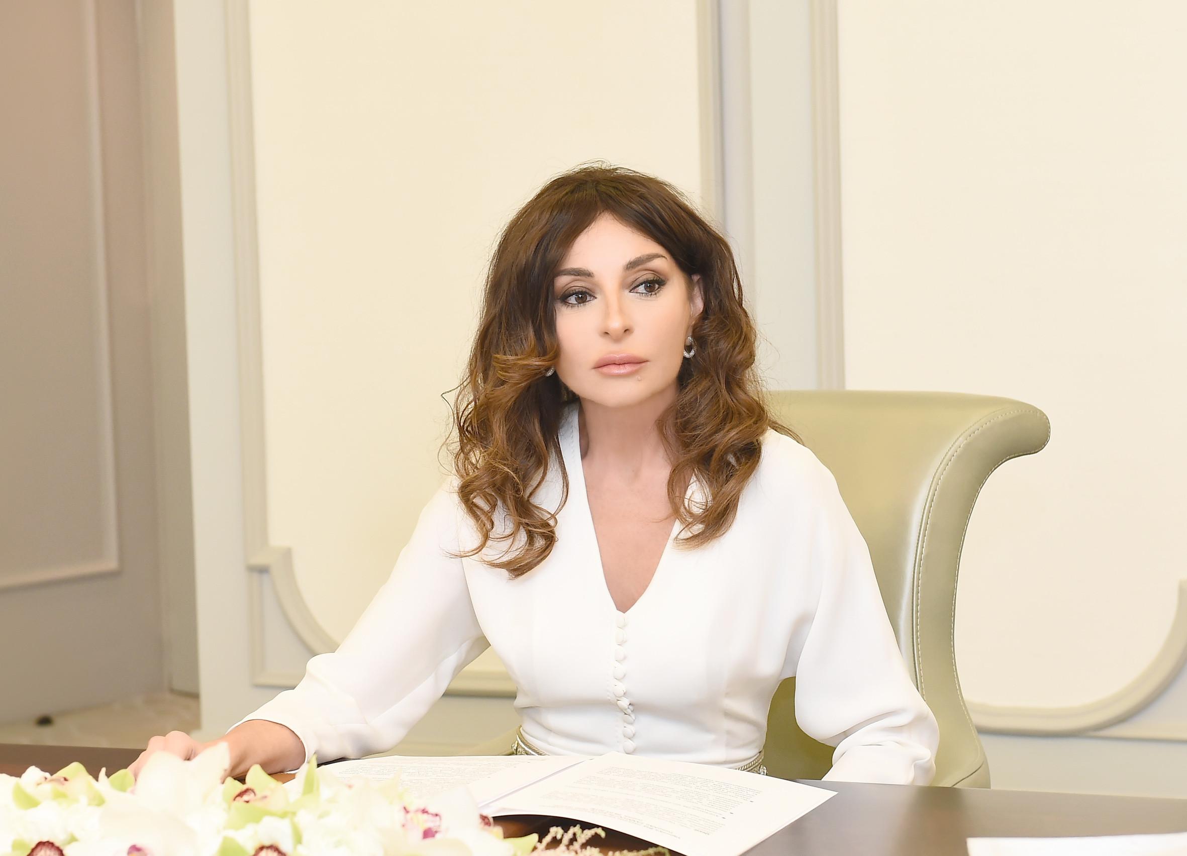Mehriban Əliyevadan aztəminatlı ailələrə ŞAD XƏBƏR - Rəsmi
