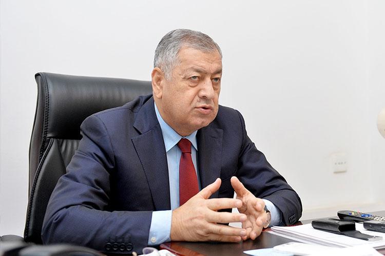Deputat: Dövlət zəmanətilə kredit götürmüsən, zəhmət çək, ödə