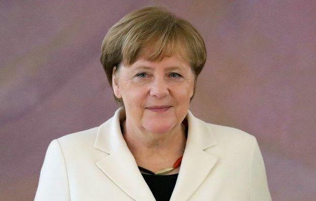 Merkel siyasətdən gedir