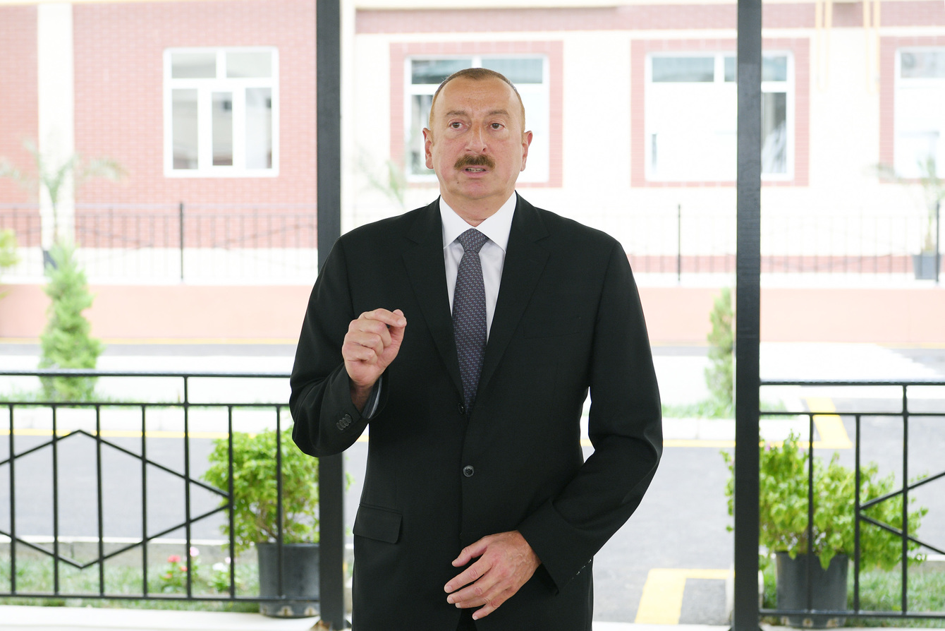 Prezident İlham Əliyev Dəmirçi-Lahıc avtomobil yolunun açılışında iştirak e ...