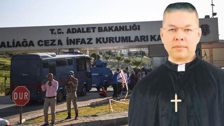 Türkiyə rahib Brunsonu azad etdi