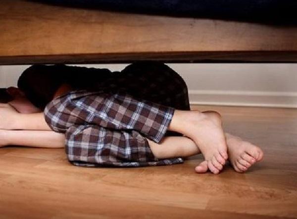 17 nəfər şagirdi tualetdə dəfələrlə zorlayıb – Azərbaycanda DƏHŞƏTLİ HADİSƏ