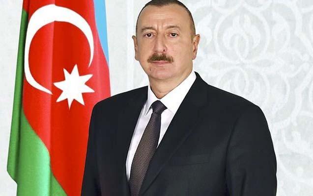 Prezident Milorad Dodiki təbrik etdi