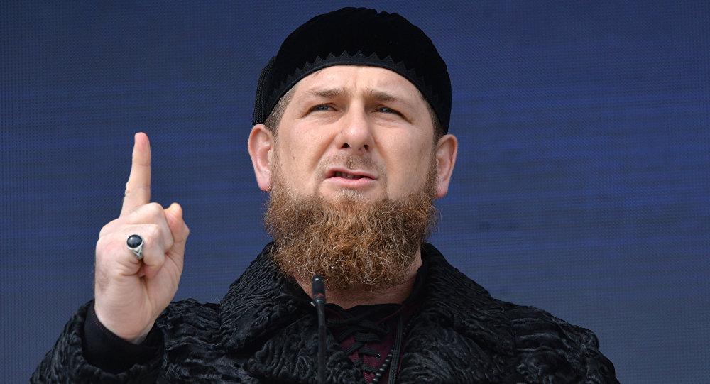 """""""Instagram"""" Ramzan Kadırovun səhifəsini yenidən bağladı"""