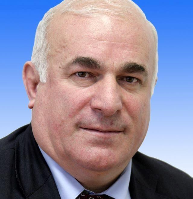 Azərbaycanlı iş adamı Rusiyada deputat seçildi (FOTO)