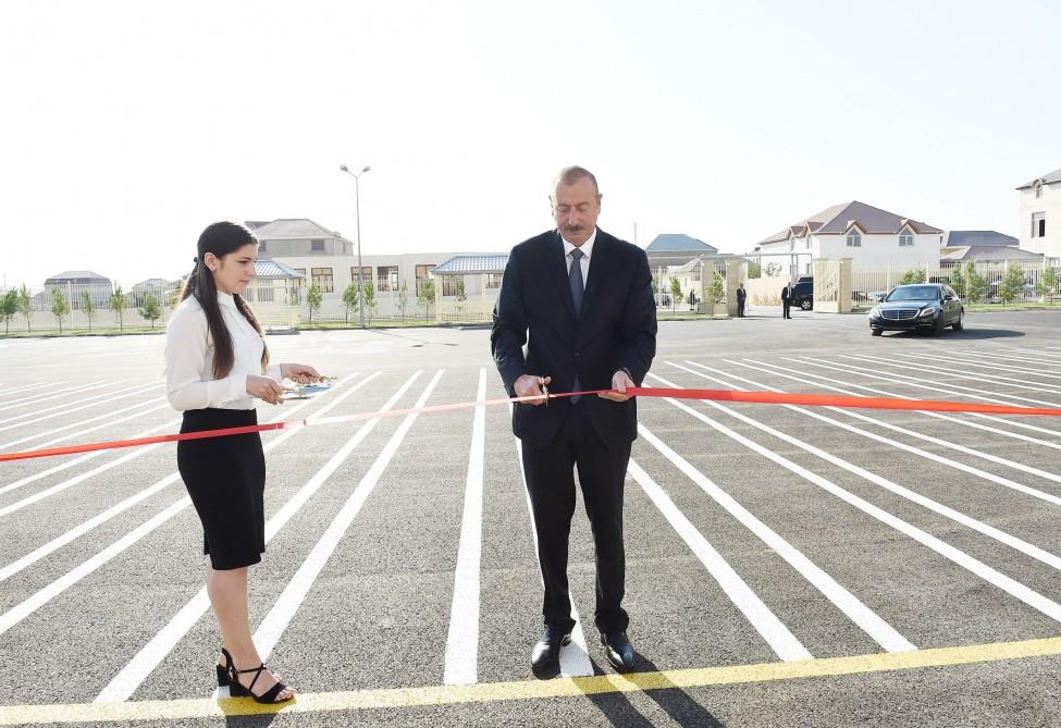 Prezident İlham Əliyev 28 nömrəli orta məktəbin açılış mərasimində iştirak edib