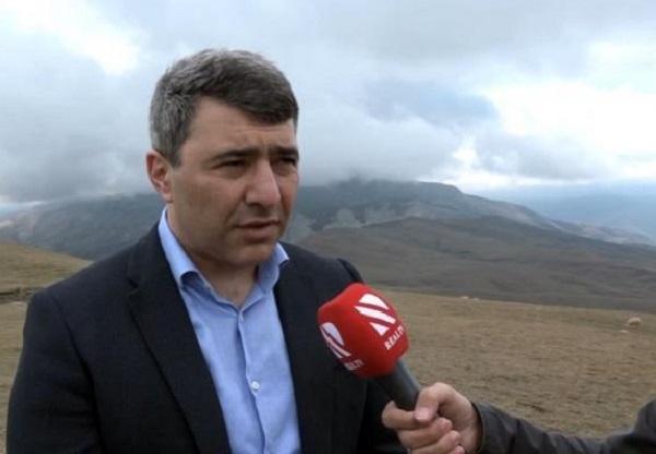 Azərbaycanlı nazir 1650 metr hündürlükdə müsahibə verdi – VİDEO