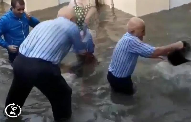 Binəqədini sakininin evini su basdı – VİDEO