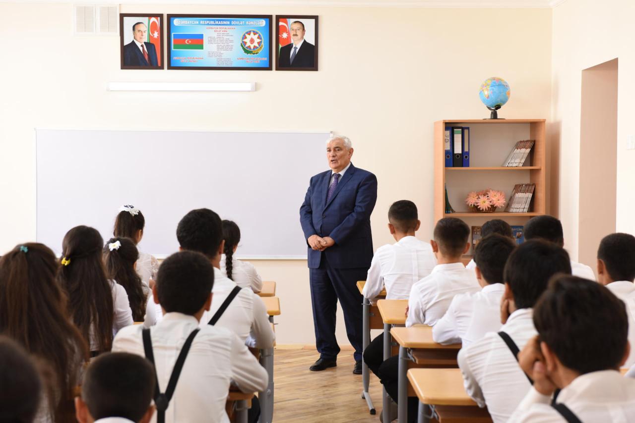 ADU-nun rektoru Nardaran məktəbində mühazirə oxuyub