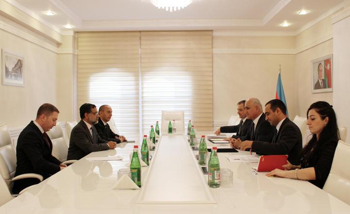 İslam İnkişaf Bankı Azərbaycan iqtisadiyyatına 1,2 milyard dollara yaxın in ...