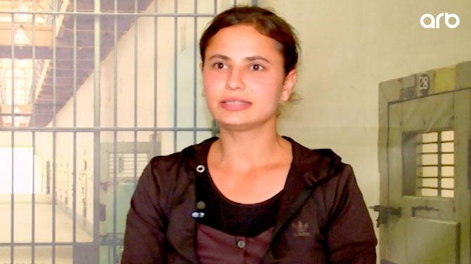 """""""Mən tutulanda, o evləndi"""" – Sevgilisinə görə narkotikə qurşanan məhbus qadın – Video"""