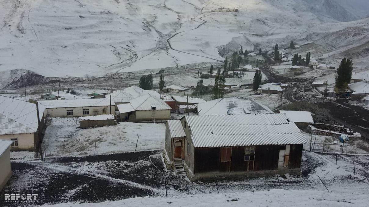 Azərbaycana ilk qar yağıb – FOTO