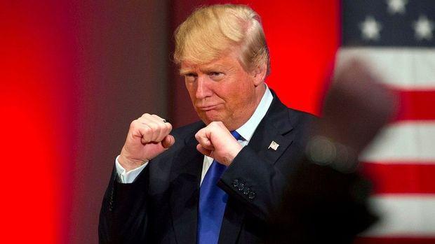 Tramp Putinlə boks döyüşündən danışdı