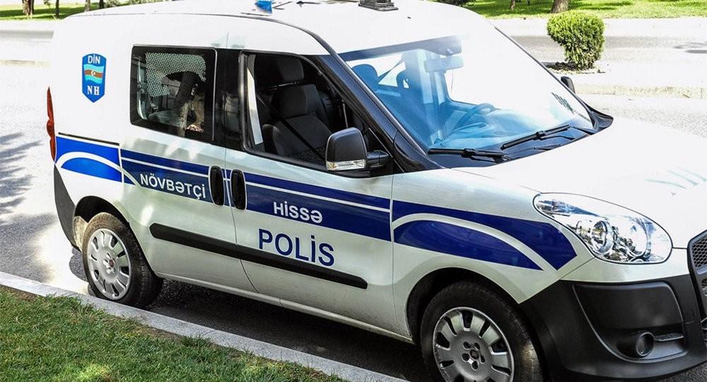 Özünü polis maşınından atdı – Balakəndə şok (Təfərrüat)