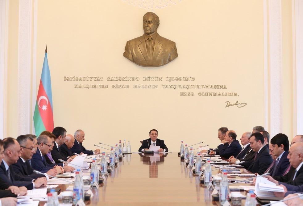 Novruz Məmmədov nazirləri topladı