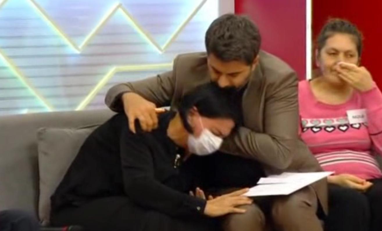 """""""Toppuş bacı""""nın canlı efirdə ürəyi getdi – Video"""