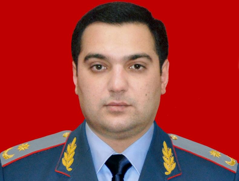 Deputatın general oğlu gömrükdən çıxarıldı – Foto