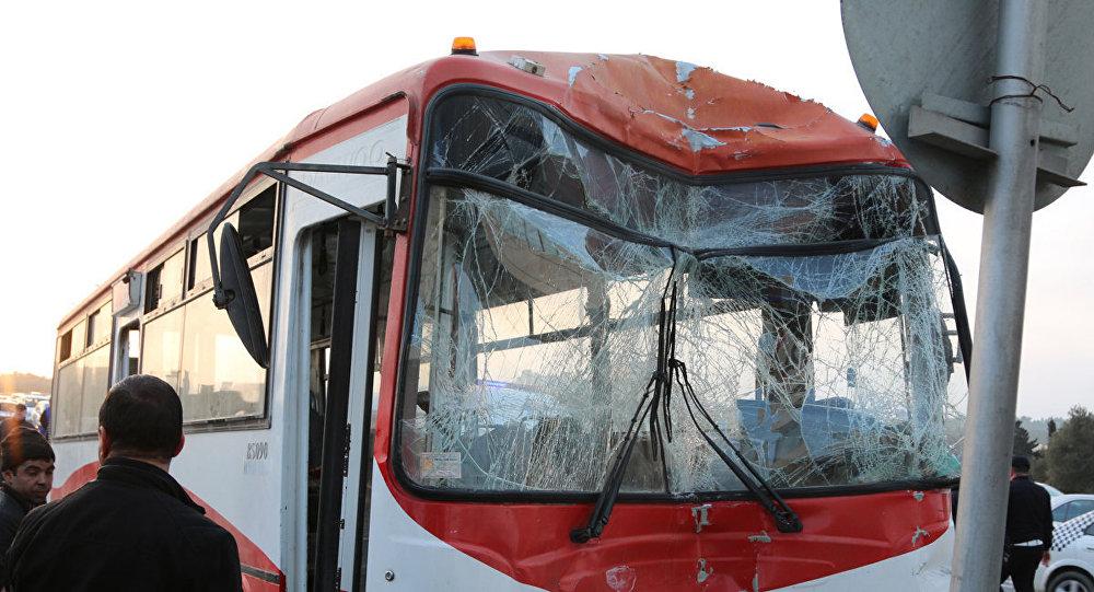 Bakıda daha bir avtobus qəzası – Yaralılar var