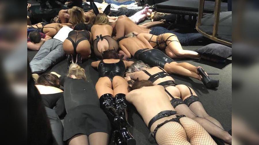Seks partisinə polis basqını – İntim oyuncaqlar, qırmac… Şok görüntülər (18+)