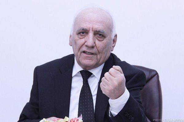 """Gənclər maaşa görə AMEA-nı tərk edirlər"""" – Akademik"""