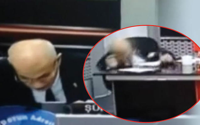 İdman şərhçisi canlı efirdə infarkt keçirdi – Video