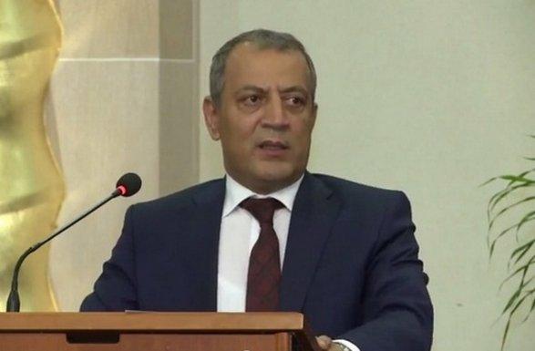 Azərbaycanda nazir müavini işdən çıxarıldı