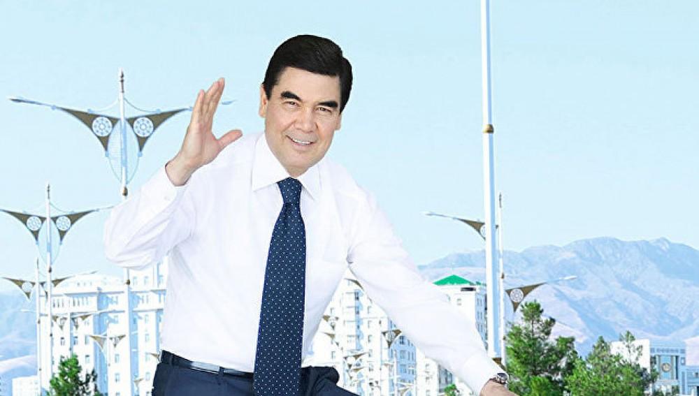 Türkmənistan Prezidenti hökumətin iclasına velosipedlə gəldi – FOTO