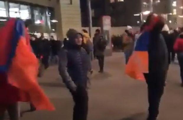 Azərbaycanlı azarkeşlər erməni təxribatçıların dərsini verdilər – Video
