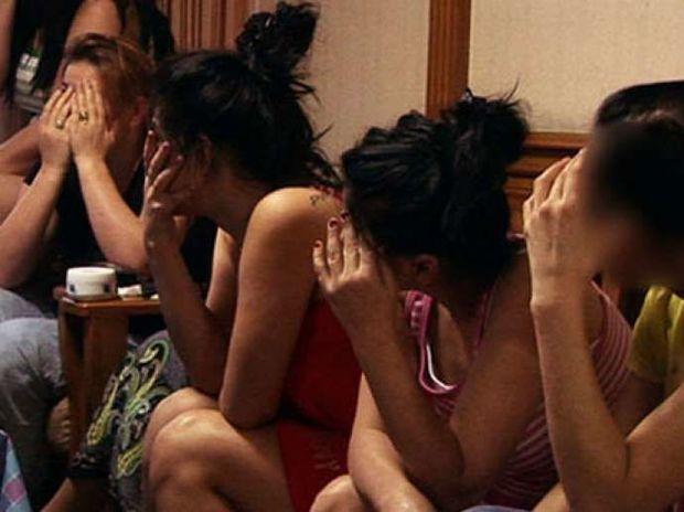 """Bakıda bu şadlıq sarayı fahişəxana çıxdı: """"30 manata görüşürəm"""" – VİDEO"""