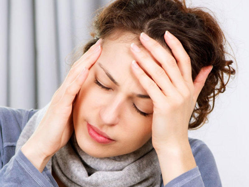 Birtərəfli güclü ağrılar, ürək bulanması, qusma – Miqren nədir nə ondan necə qorunmalı?
