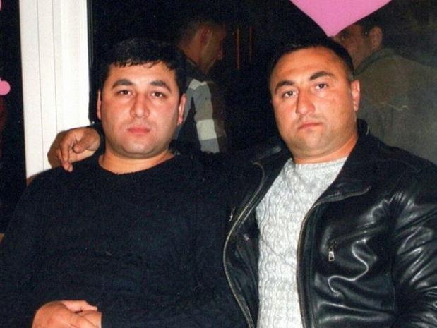 Azərbaycanlılar yanan maşından ukraynalıları xilas etdi – VİDEO