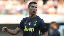 Ronaldodan müsəlman ölkəsinə 1,5 milyon bağışladı