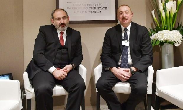 İlham Əliyev Nikol Paşinyanla görüşüb