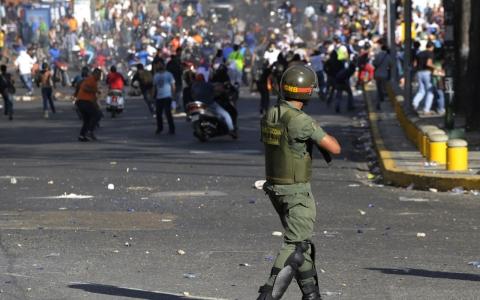 Amerikada hərbi üsyan: Milli Qvardiya hərəkətə keçdi