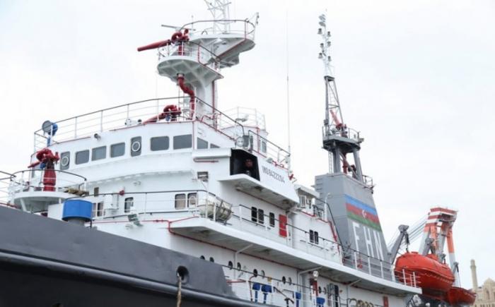 Yanğınsöndürmə gəmisi təmir olunub