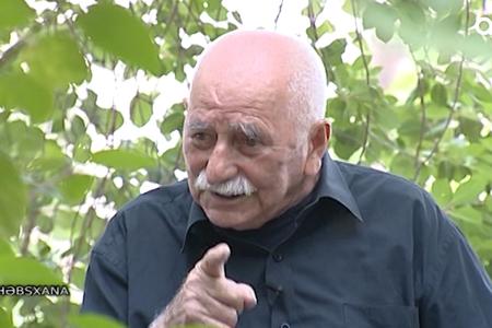 """Bilmirdim bu qədər yaşayacam"""" – Ömrünə az qalıb deyə gəlinini öldürən qayınata (VİDEO)"""