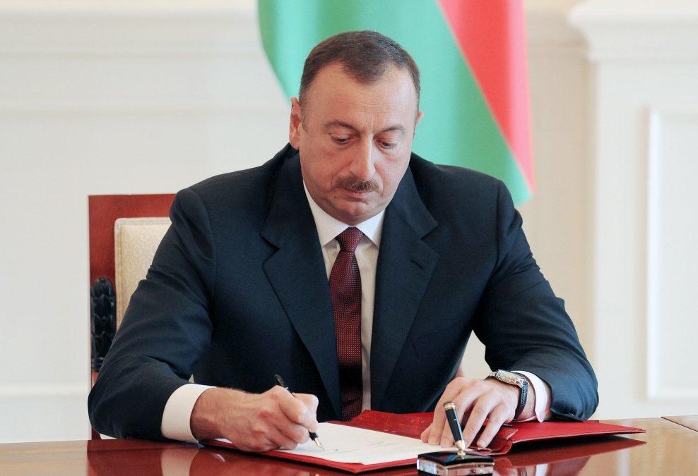 İlham Əliyev 3 sərəncam, 6 fərman imzaladı