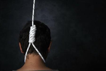 Sumqayıtda intihar edən gəncin fotosu – Həyat yoldaşı tərk etmişdi