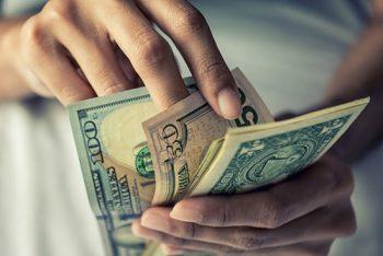 ABŞ-ın ən varlı ailələri zənginliyə görə verginin artırılmasını tələb edir