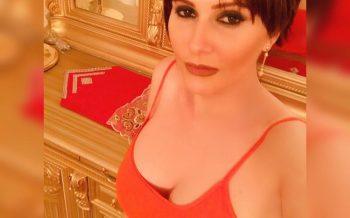 Azərbaycanlı aktrisa sinəsiaçıq fotosu ilə gündəmdə