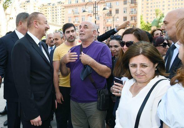 Prezident Ramiz Novruzla görüşdü: Uzaqdan gördü, məni yanına çağırdı